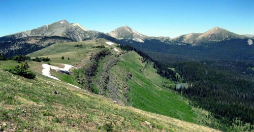 (Trailriders Wall looking north to Chimayosos Peak, Pecos Wilderness)